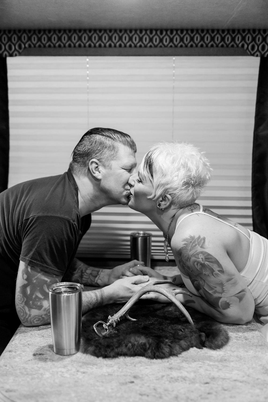 Jess and Cory Anniversary Shoot 2018-206_maryland-anniversary-engagement-photographer-anna-grace-photography-photo.jpg