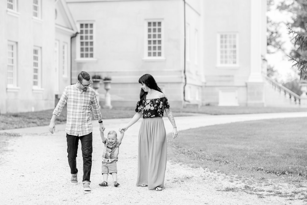 Lindstrom Family-112_Hampton-National-Historic-Site-maryland-family-photographer-anna-grace-photography-photo.jpg