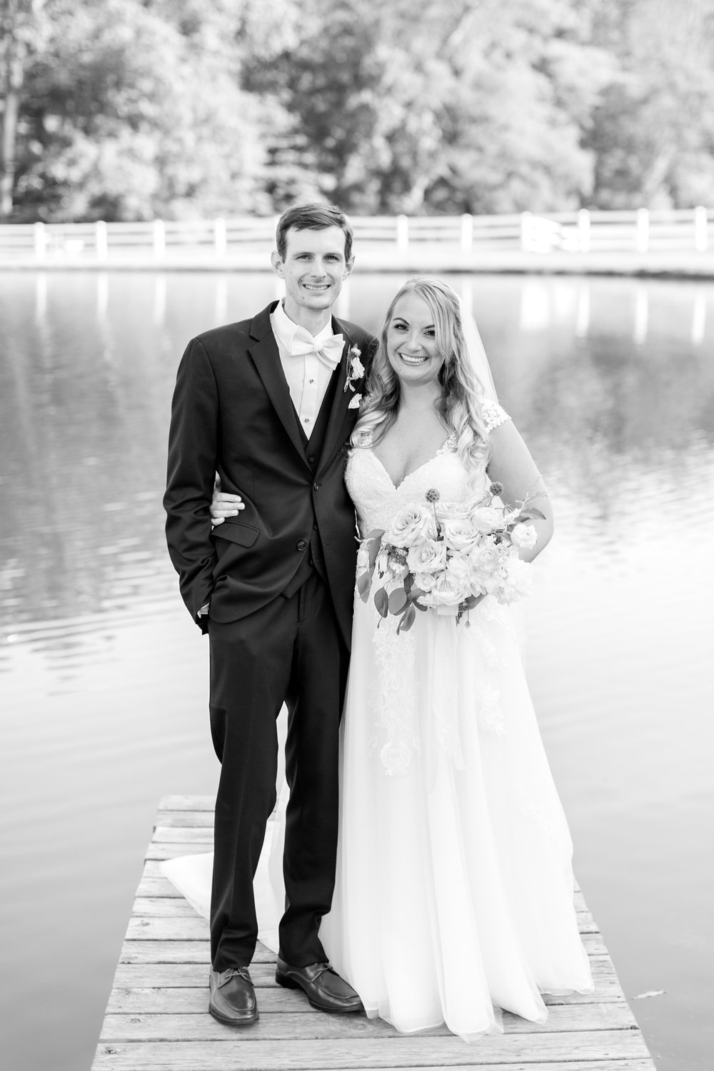 BLACK WEDDING HIGHLIGHTS-238_pond-view-farm-wedding-maryland-wedding-photographer-anna-grace-photography-photo.jpg