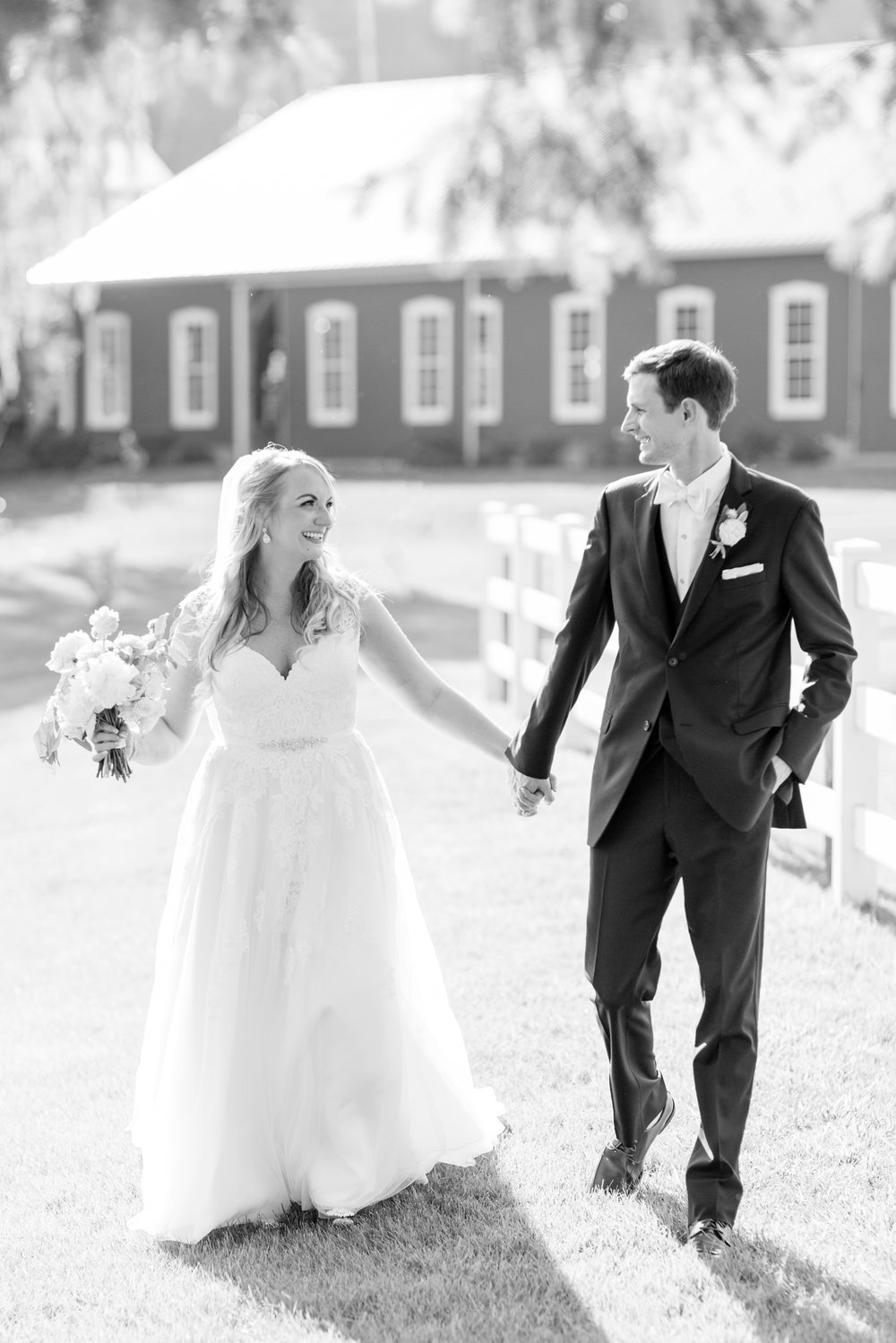 BLACK WEDDING HIGHLIGHTS-296_pond-view-farm-wedding-maryland-wedding-photographer-anna-grace-photography-photo.jpg