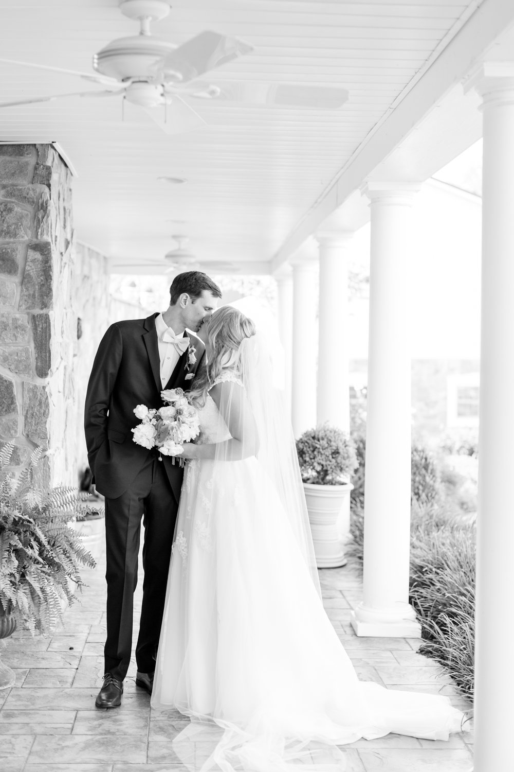BLACK WEDDING HIGHLIGHTS-310_pond-view-farm-wedding-maryland-wedding-photographer-anna-grace-photography-photo.jpg