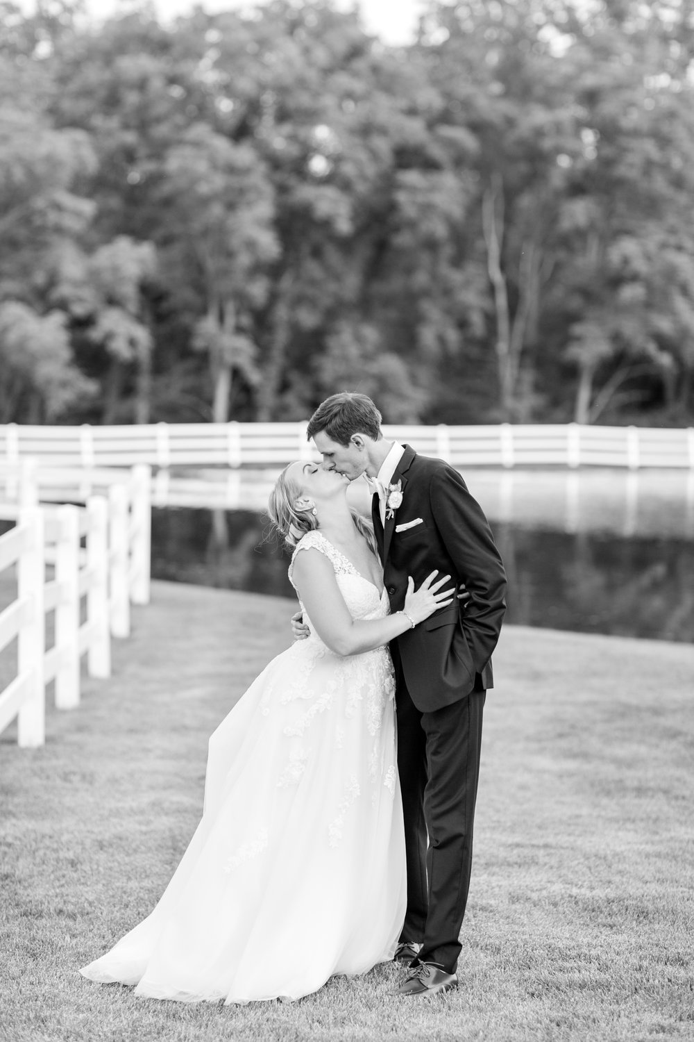 BLACK WEDDING HIGHLIGHTS-386_pond-view-farm-wedding-maryland-wedding-photographer-anna-grace-photography-photo.jpg