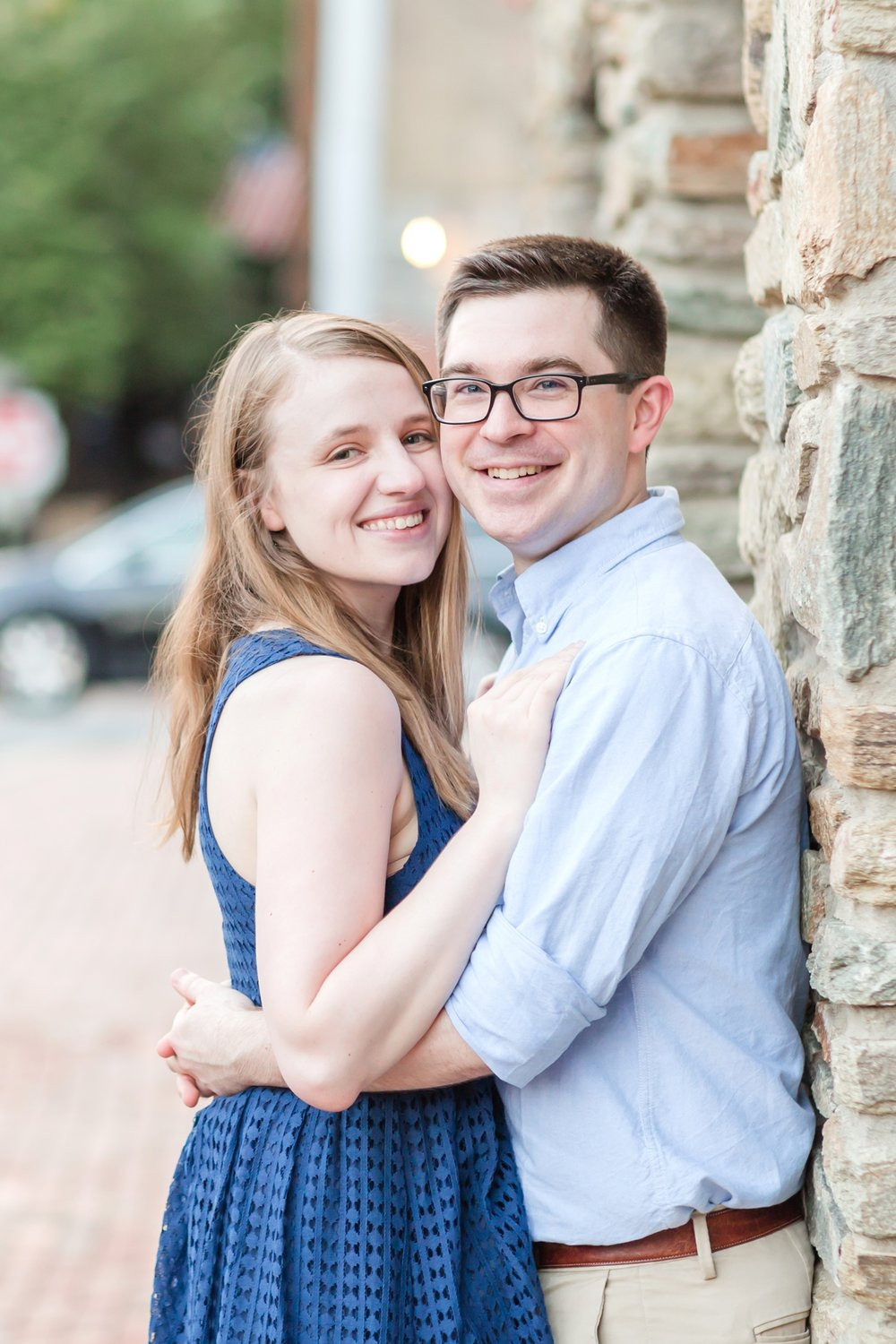 Lindy & Chris Engagement-177_virginia-engagement-photographer-old-town-alexandria-engagement-anna-grace-photography-photo.jpg