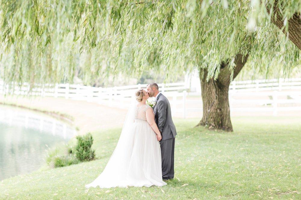 WINKLER WEDDING HIGHLIGHTS-162_pond-view-farm-wedding-maryland-wedding-photographer-anna-grace-photography-photo.jpg