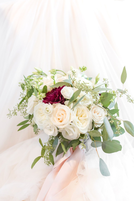 ADKINS WEDDING HIGHLIGHTS-58_The-Granary-wedding-Valley-Pike-Farm-Market-Virginia-wedding-photographer-anna-grace-photography-photo.jpg