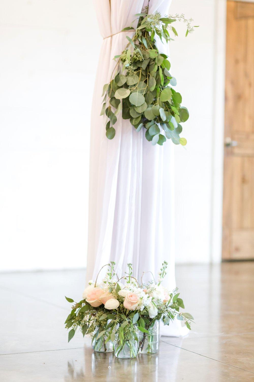 ADKINS WEDDING HIGHLIGHTS-120_The-Granary-wedding-Valley-Pike-Farm-Market-Virginia-wedding-photographer-anna-grace-photography-photo.jpg