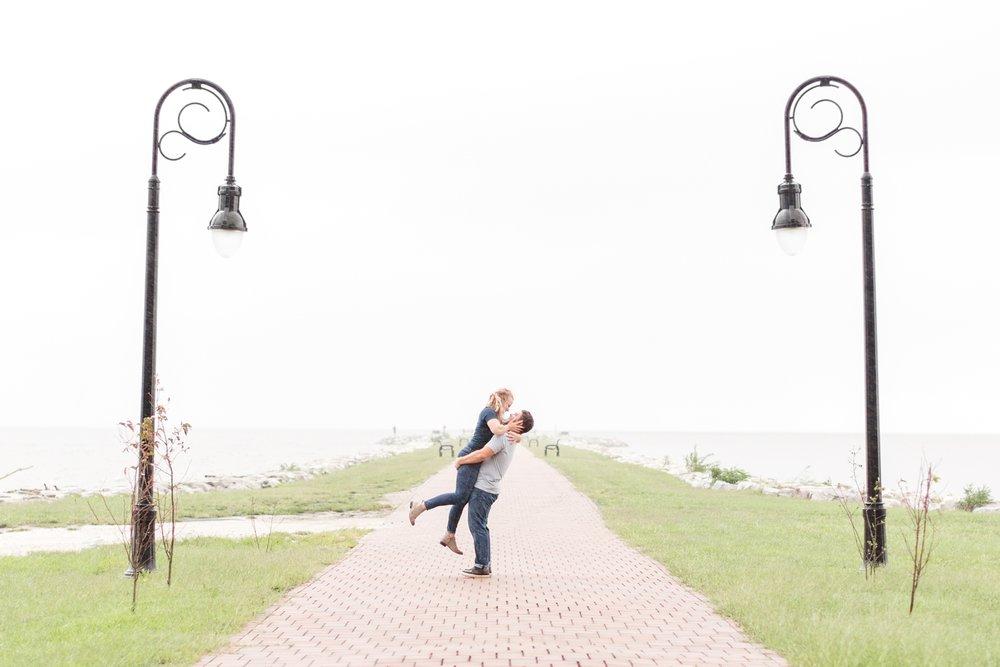 Kirsten & Dan Engagement-220_North-Point-State-Park-Engagement-Maryland-engagement-wedding-photographer-anna-grace-photography-photo.jpg