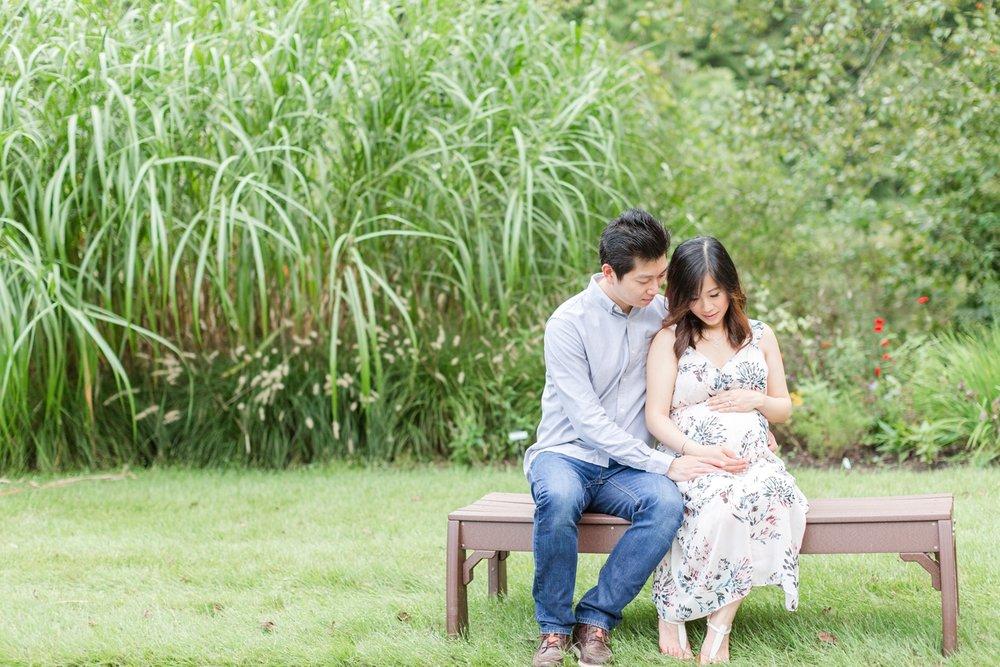 Elyse & Bryan Maternity-200_Meadowlark-Botanical-Gardens-maternity-Virginia-Maryland-maternity-photographer-anna-grace-photography-photo.jpg