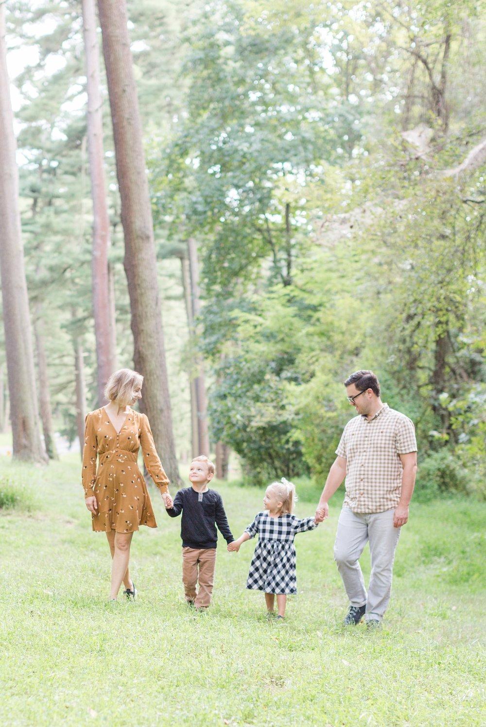 Robinson Siemen Family 2018-83_Loch-Raven-Reservoir-Maryland-Family-Photographer-anna-grace-photography-photo.jpg