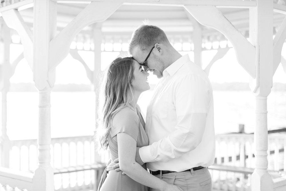 Chelsea & Christian Engagement-48_Quiet-Waters-Park-Engagement-Annapolis-Maryland-wedding-engagement-photographer-anna-grace-photography-photo.jpg