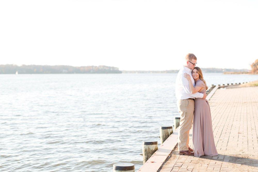 Chelsea & Christian Engagement-83_Quiet-Waters-Park-Engagement-Annapolis-Maryland-wedding-engagement-photographer-anna-grace-photography-photo.jpg