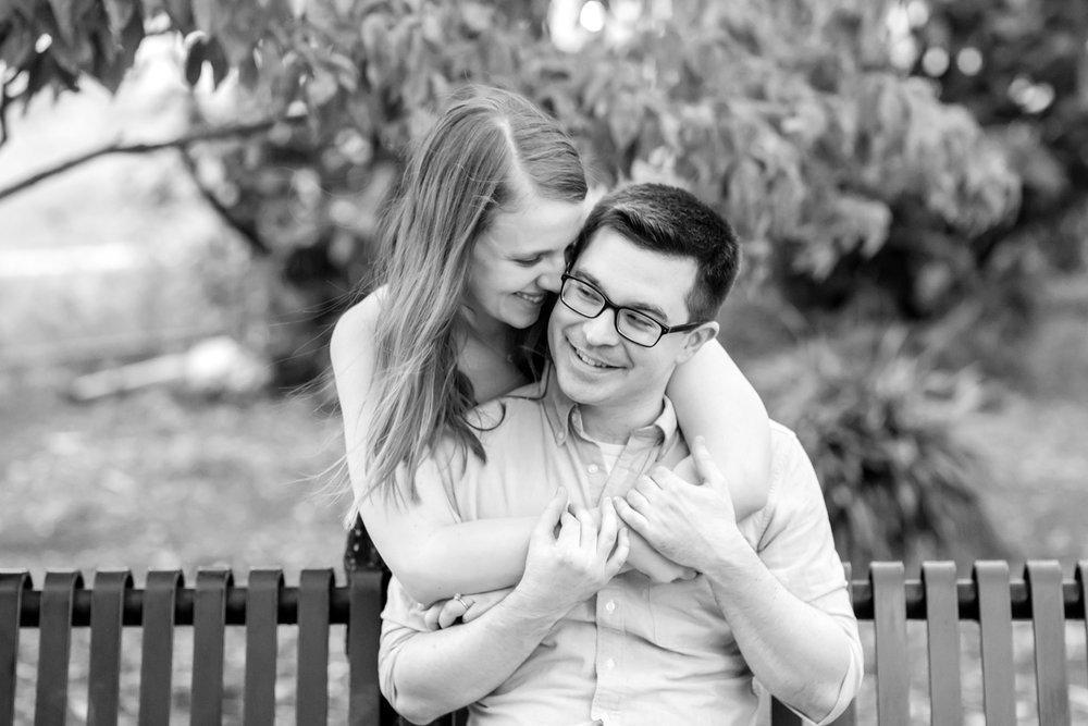 Lindy & Chris Engagement-256_Maryland-Virginia-engagement-Photographer-anna-grace-photography-photo.jpg