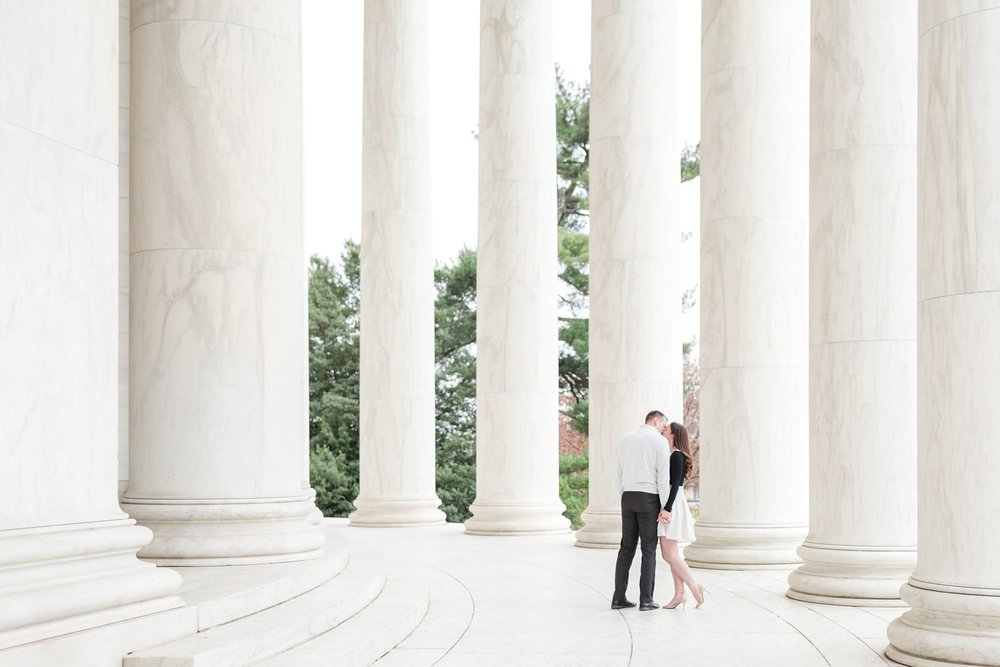See more from   Chris and Jo's Washington D.C. engagement session here  !