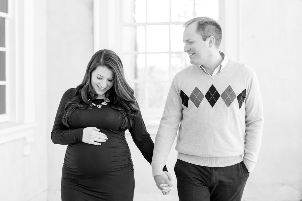 Garbow Maternity-130_Maryland-Maternity-Photographer-Hampton-Historic-Mansion-photographer-anna-grace-photography-photo.jpg