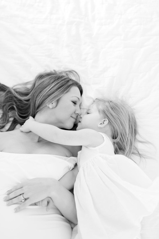 Ellinghaus Maternity-156_Maryland-maternity-family-photographer-anna-grace-photography-photo.jpg