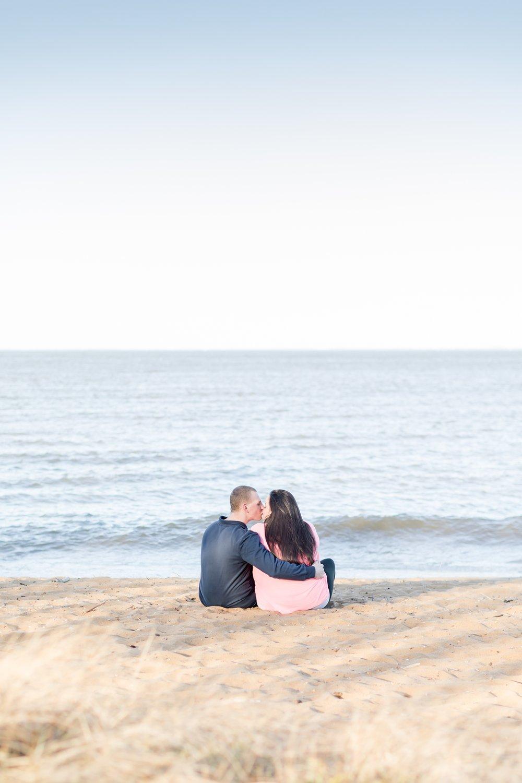 Hayley & Jacob Engagement-89_Maryland-engagement-photographer-sandy-point-state-park-engagement-anna-grace-photography-photo.jpg