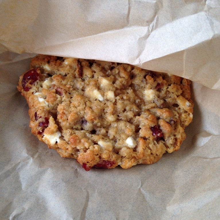 Cranberry, oatmeal and yogurt cookie - YUM.
