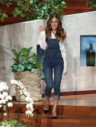SJP wearing Blank NYC 'All Over It' overalls in blue on The Ellen Show.