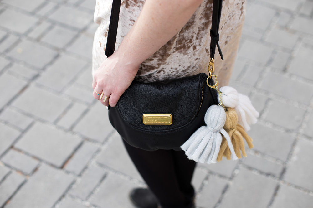 Easy DIY Chunky Handbag Tassels | How to make the perfect tassels to hang from your favorite handbag. Quick, simple, and so cute!