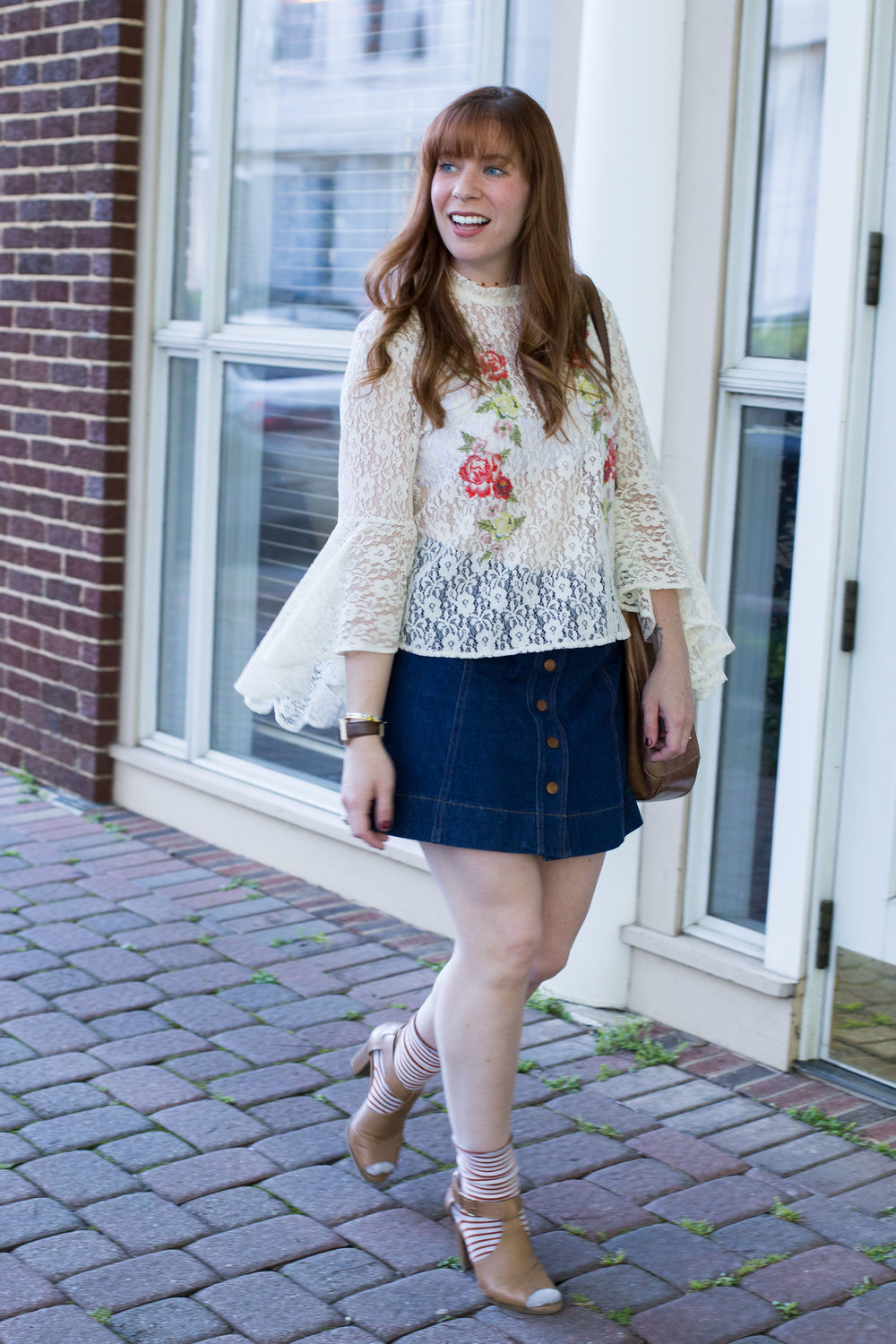 Outfit details that harken back to the 60s are pretty much my favorite thing. Lace, bell sleeves, embroidery, and denim. This summer outfit is a winner.