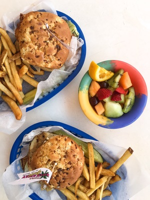 Clearwater, FL & fish sandwiches  — THE FASHIONABLE FOODIE
