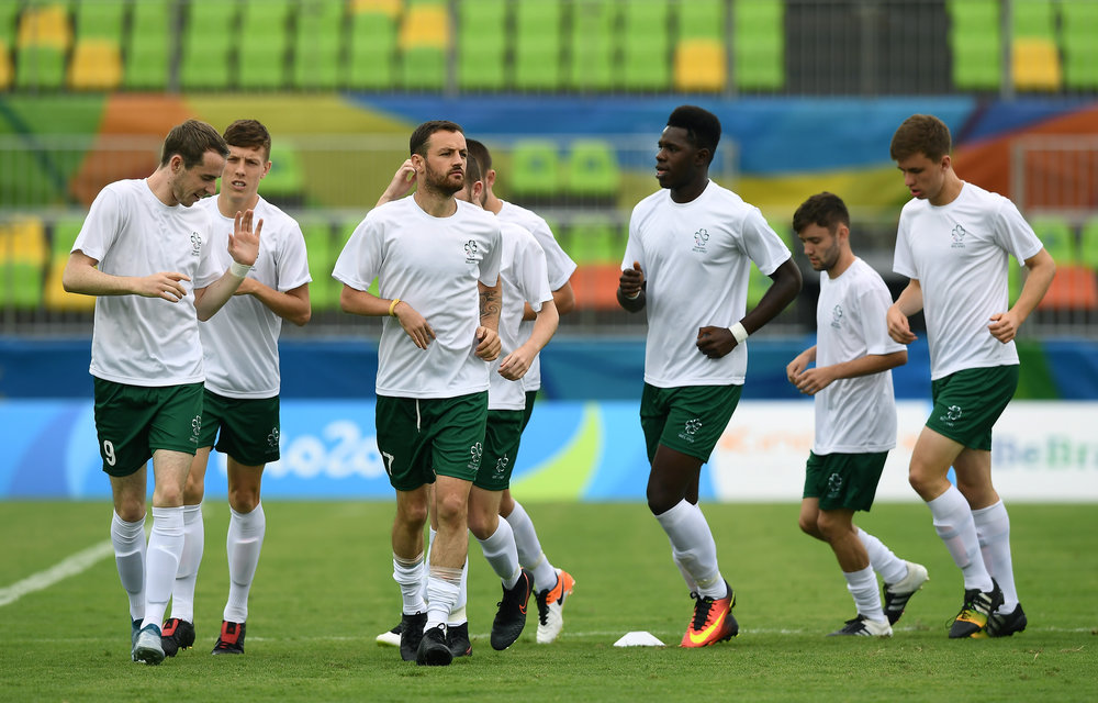 Football: Irish Team warm up ahead of Match against Ukraine