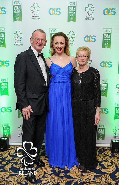 Eddie and Laura Keane, with daughter Ellen, from Clontarf, Co Dublin, in attendance at the OCS Irish Paralympic Awards