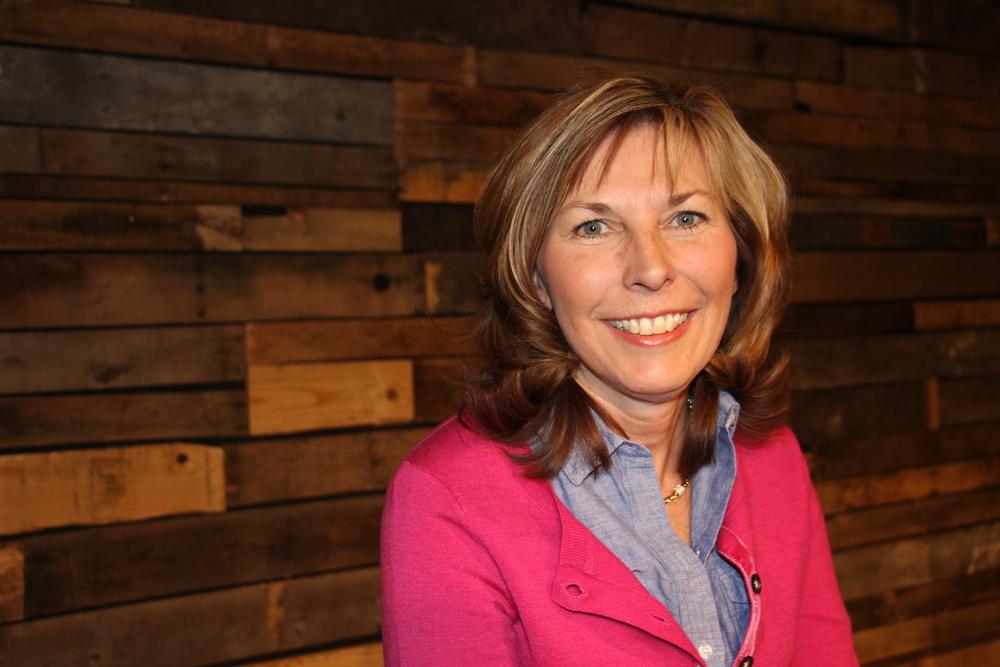 Brenda McKey - 9:30am Service Brenda.m@myfirstchurch.com