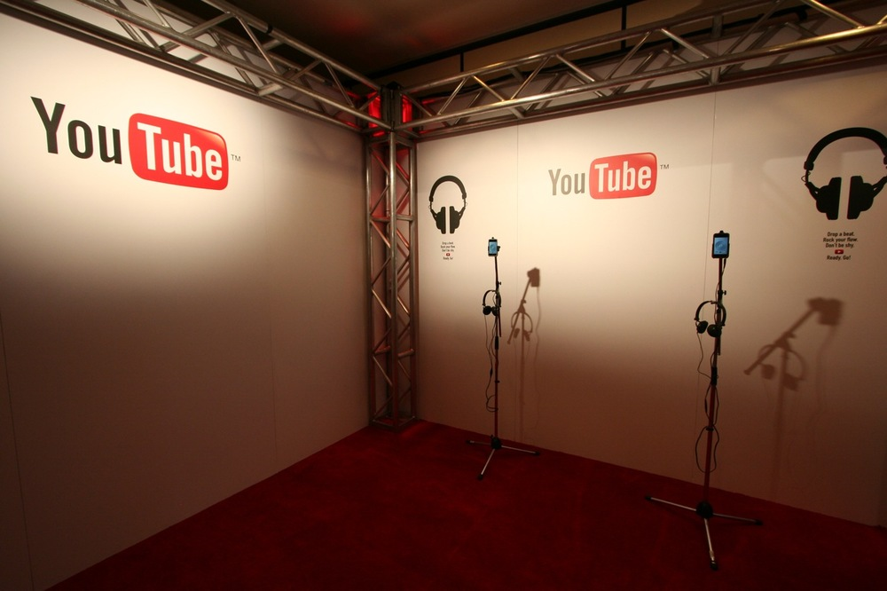 YouTube_VidCon'11_PLAY Room - 009.jpg