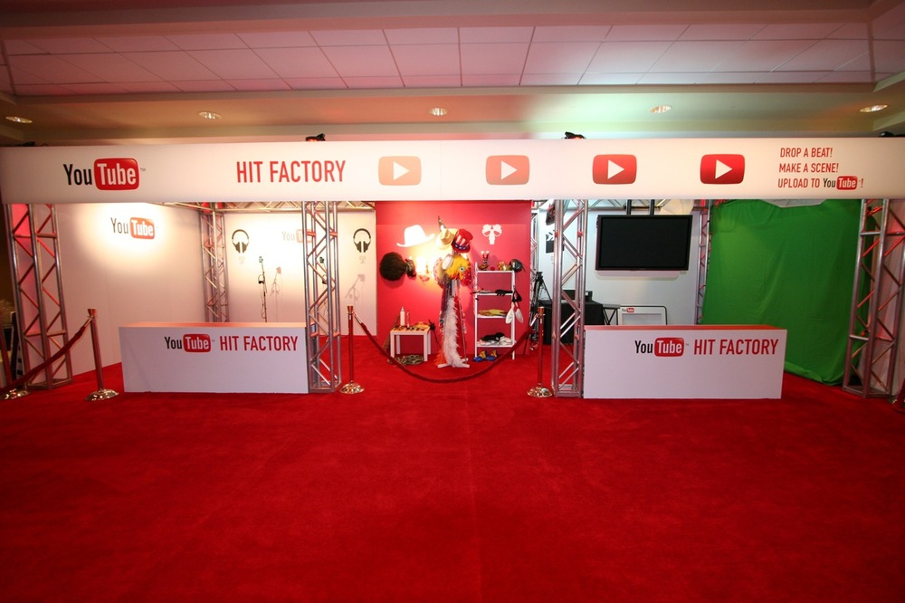 YouTube_VidCon'11_PLAY Room - 010.jpg