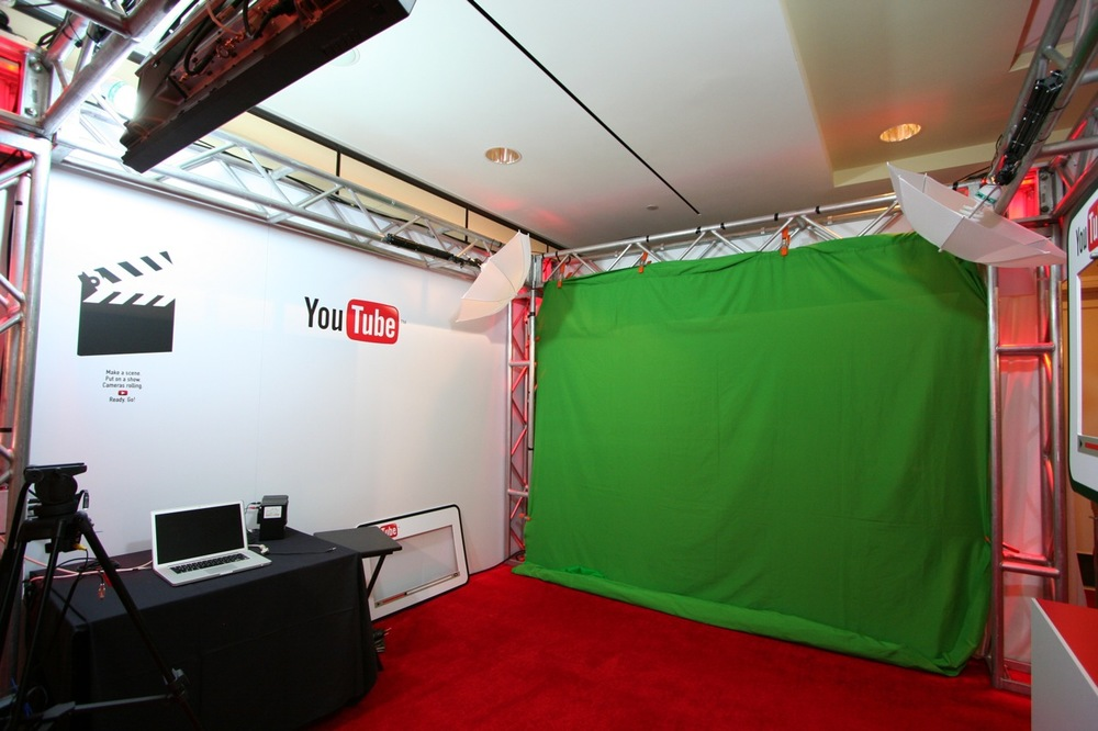YouTube_VidCon'11_PLAY Room - 013.jpg