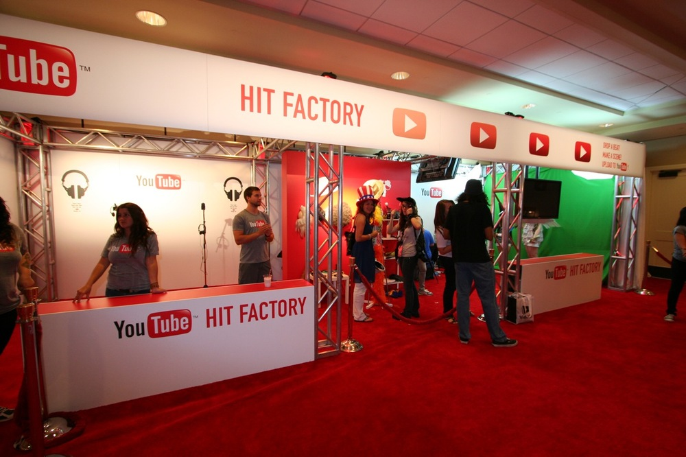 YouTube_VidCon'11_PLAY Room - 021.jpg