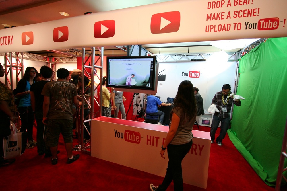 YouTube_VidCon'11_PLAY Room - 031.jpg
