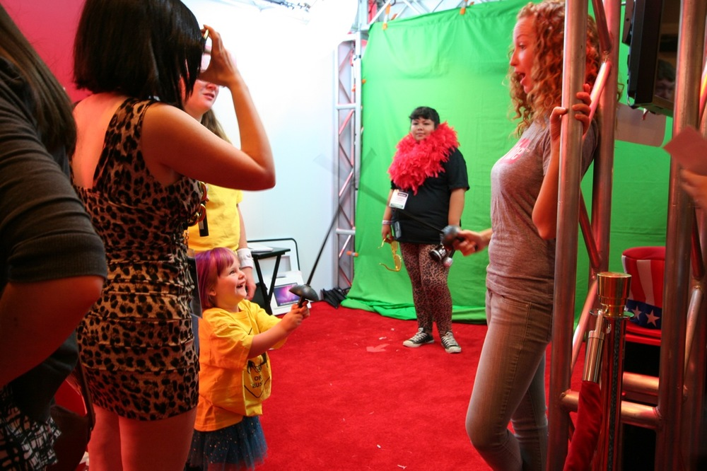 YouTube_VidCon'11_PLAY Room - 041.jpg