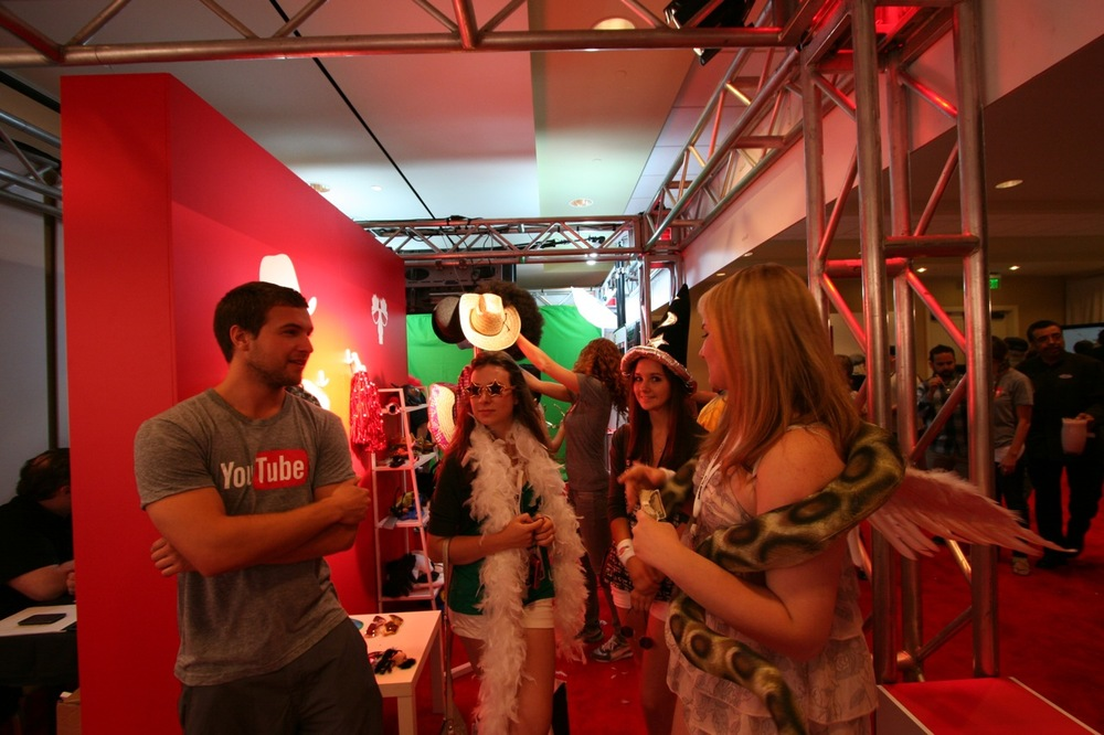 YouTube_VidCon'11_PLAY Room - 044.jpg