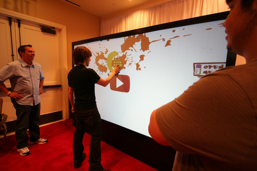 YouTube_VidCon'11_PLAY Room - 052.jpg