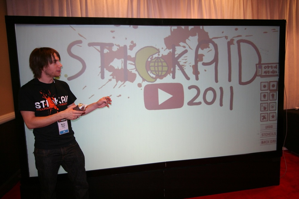 YouTube_VidCon'11_PLAY Room - 054.jpg