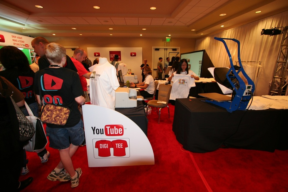 YouTube_VidCon'11_PLAY Room - 060.jpg