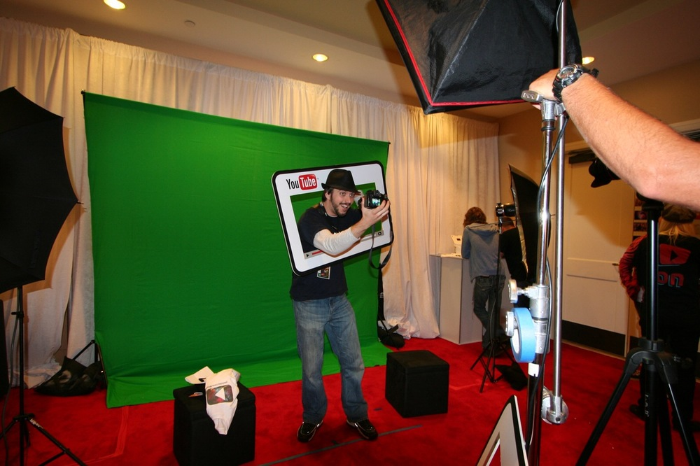 YouTube_VidCon'11_PLAY Room - 061.jpg