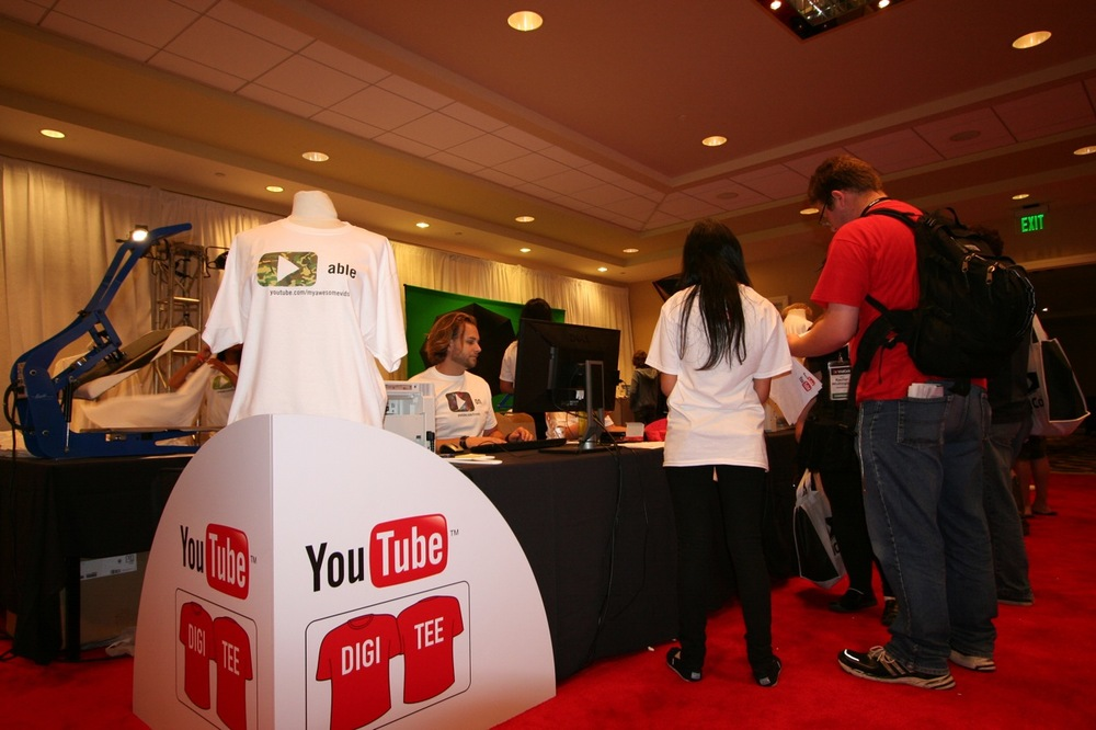 YouTube_VidCon'11_PLAY Room - 064.jpg