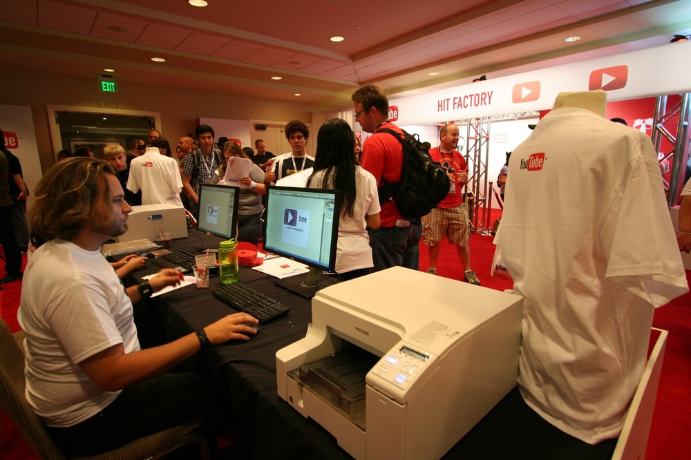 YouTube_VidCon'11_PLAY Room - 065.jpg