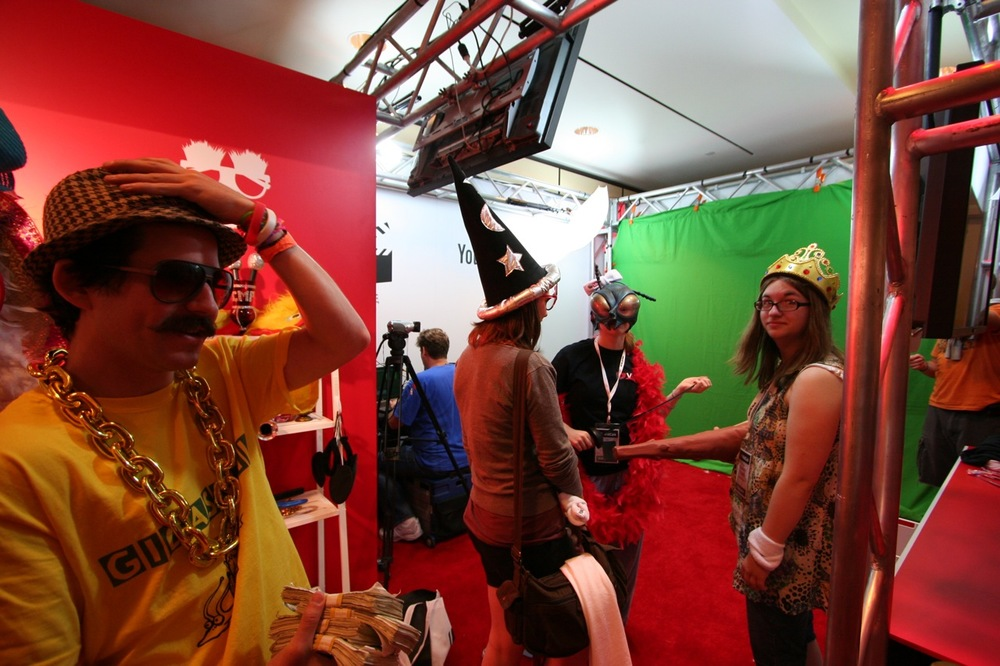 YouTube_VidCon'11_PLAY Room - 075.jpg