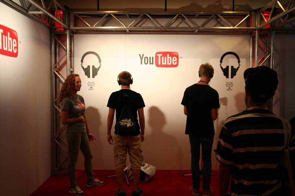 YouTube_VidCon'11_PLAY Room - 076.jpg