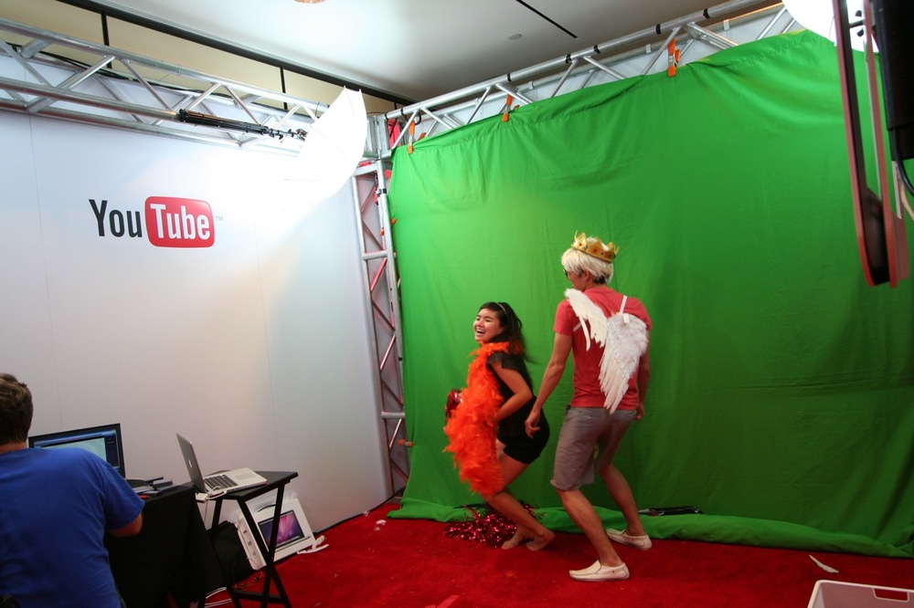 YouTube_VidCon'11_PLAY Room - 083.jpg