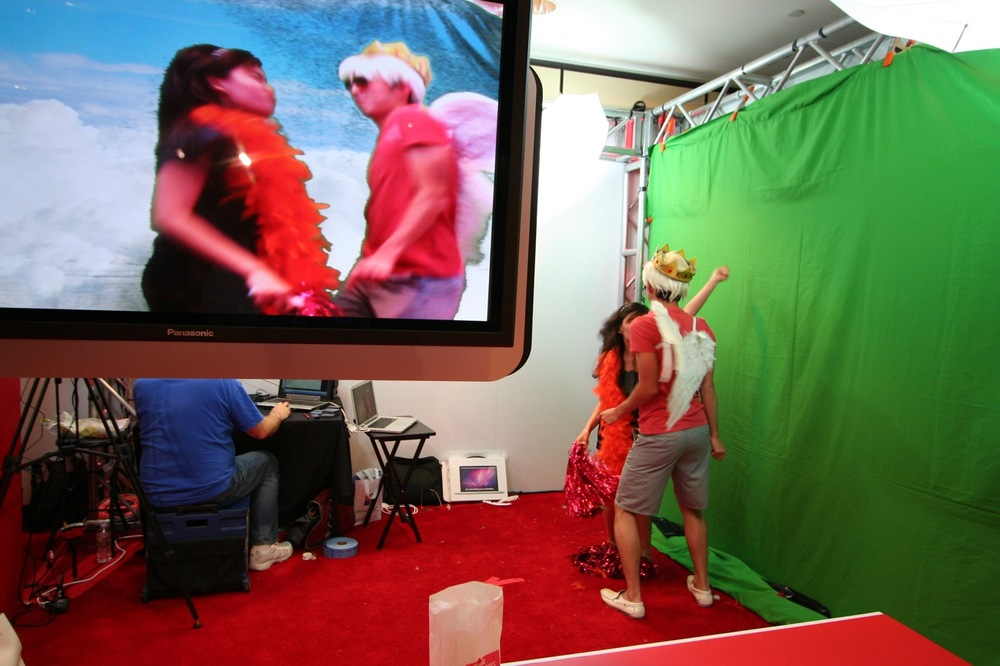 YouTube_VidCon'11_PLAY Room - 084.jpg