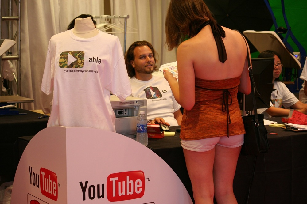 YouTube_VidCon'11_PLAY Room - 100.jpg