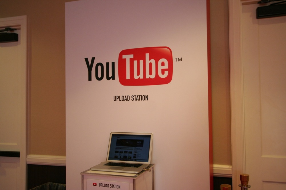 YouTube_VidCon'11_PLAY Room - 105.jpg
