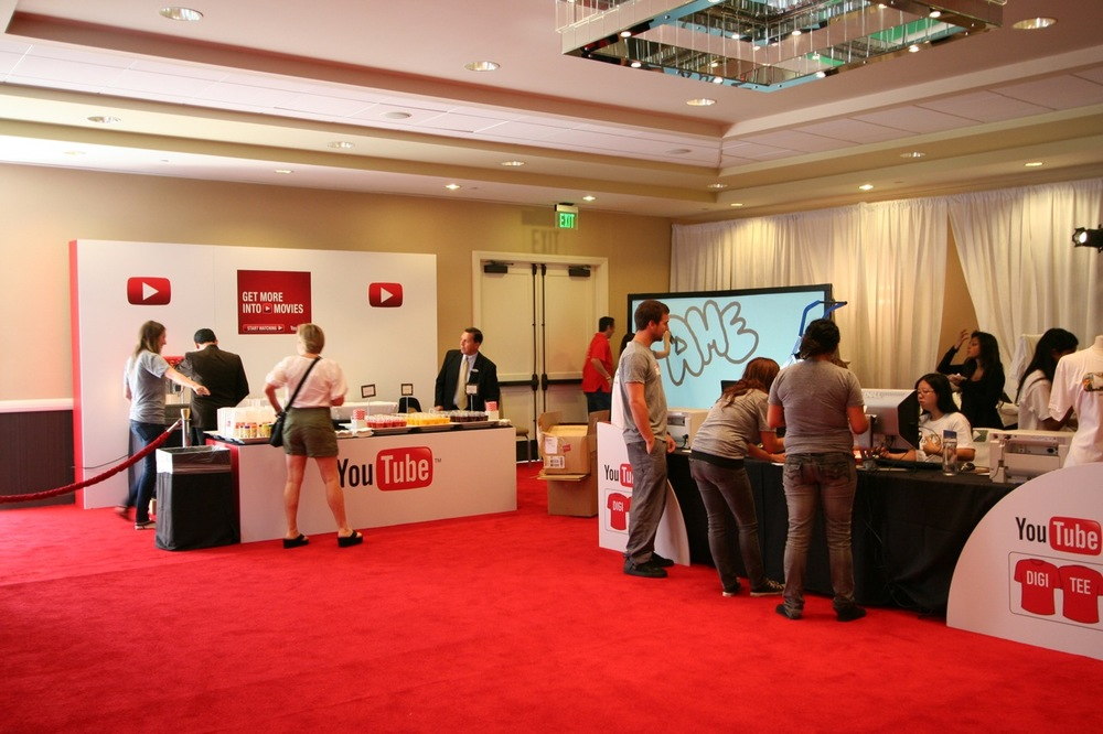 YouTube_VidCon'11_PLAY Room - 104.jpg