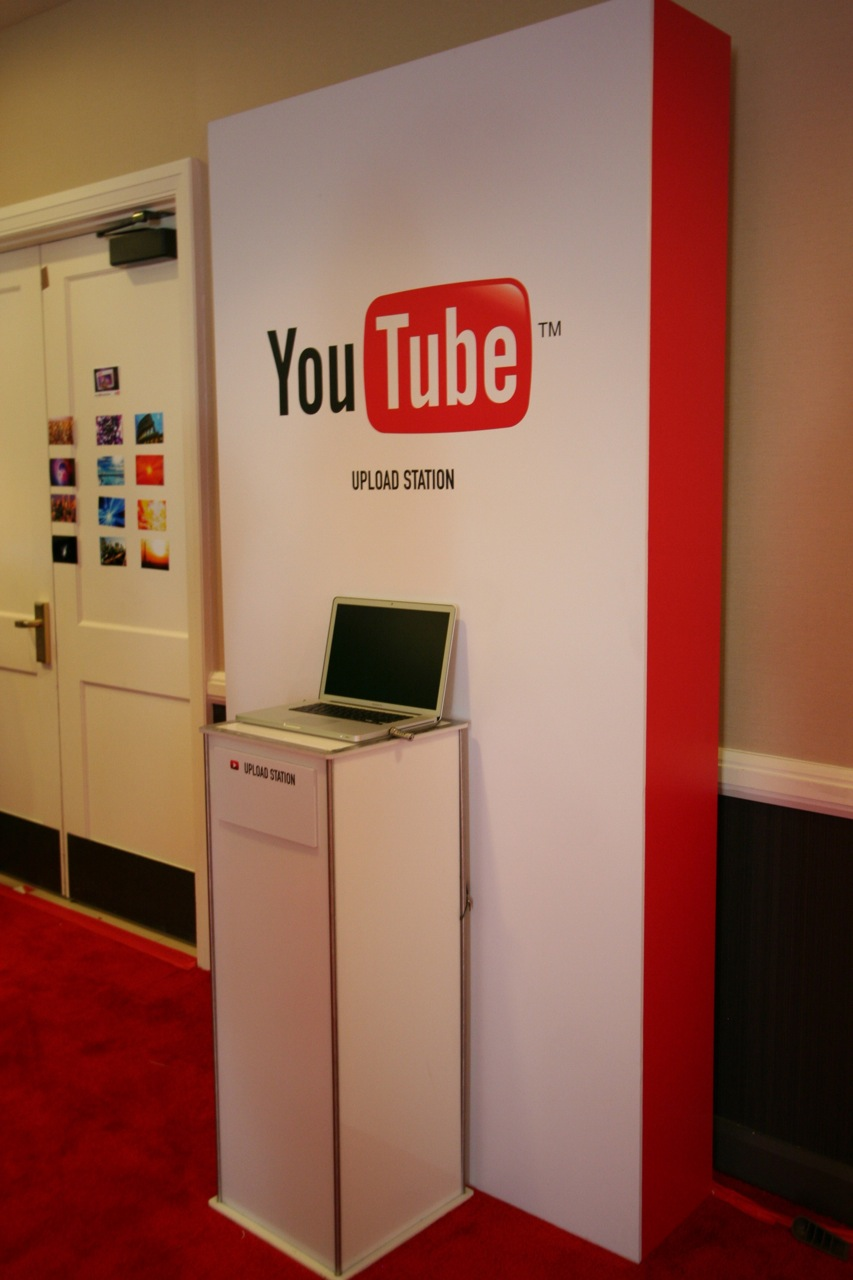 YouTube_VidCon'11_PLAY Room - 106.jpg