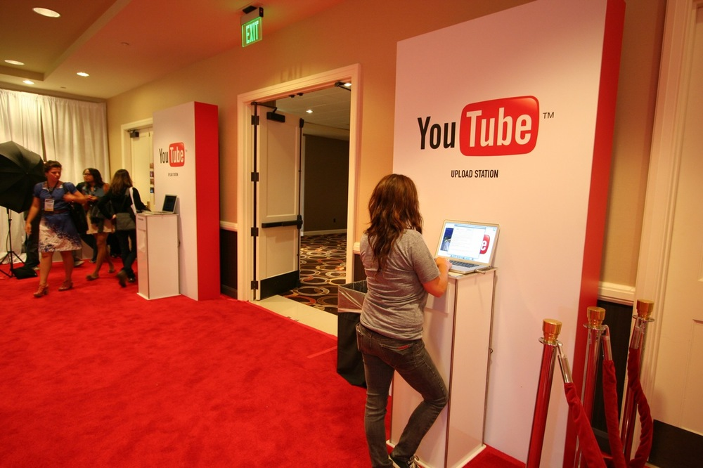 YouTube_VidCon'11_PLAY Room - 109.jpg